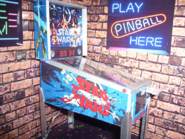Star Wars 1/12th Scale Miniature Pinball Table Model